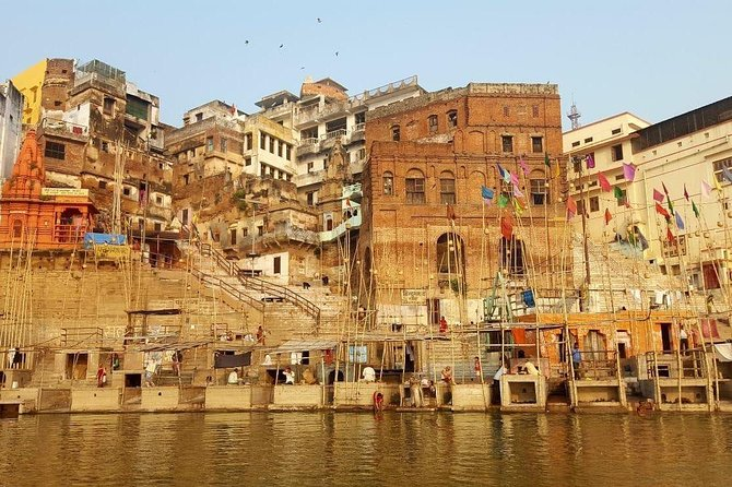 5-Hour Guided Walking Tour of Varanasi with Boat Ride