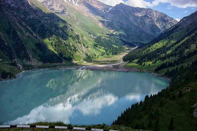 6-Hour Private Sightseeing Tour of Issyk Lake with Transport