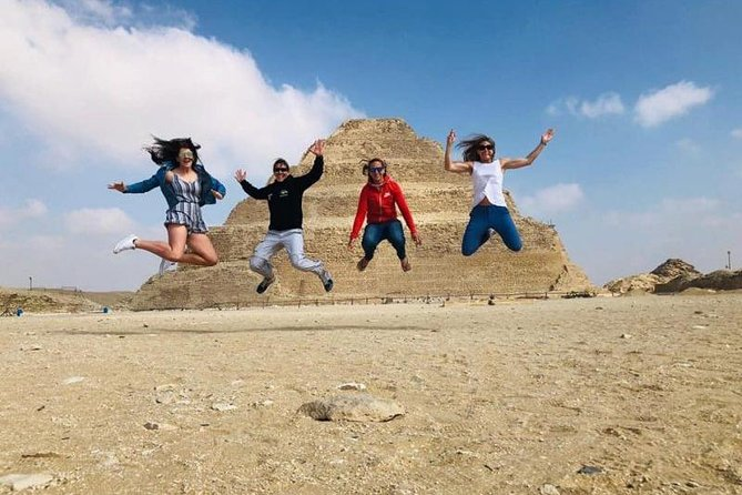 Cairo to Sakkara Full-Day Private Tour with Pick Up and Lunch