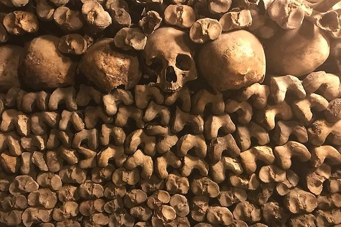 One Hours Virtual Tour in Paris Catacombs with Expert Guide