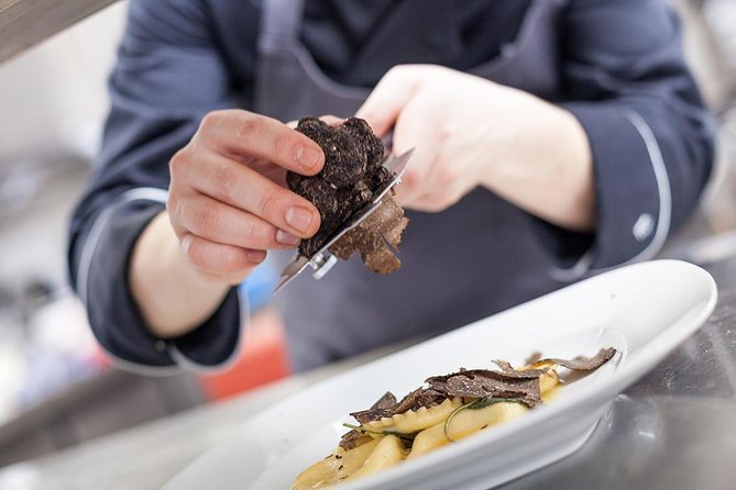 Looking for Truffles with Brio and Sirio - Autumn / Winter