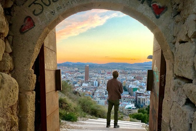 Half-Day Guided Historic Tour of Alicante with Tapas Tasting