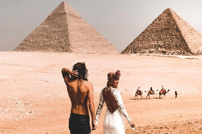 Full-Day Cairo Giza Pyramids and Egyptian Museum Private Tour