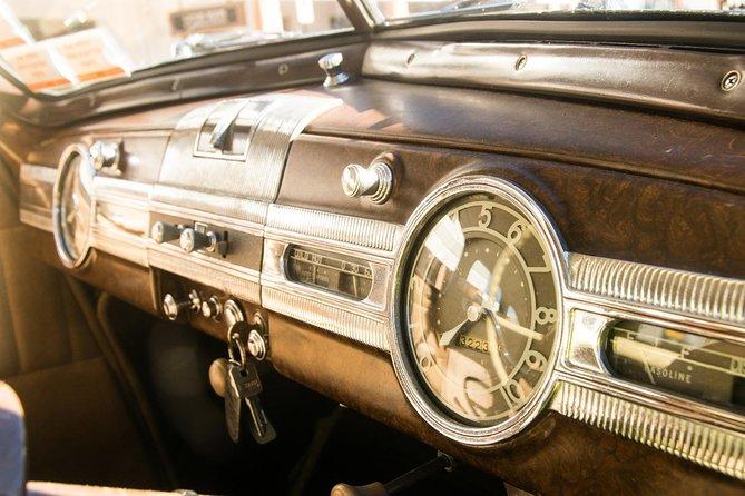 Shore Excursion - Art Deco Vintage Car Tour from Napier Art Deco Trust