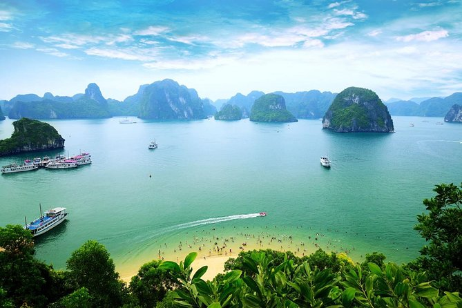 Halong 1-DAY TOUR - CAVE, ISLAND, KAYAKING, LUNCH, BUS, BOAT, GUIDE, FEES
