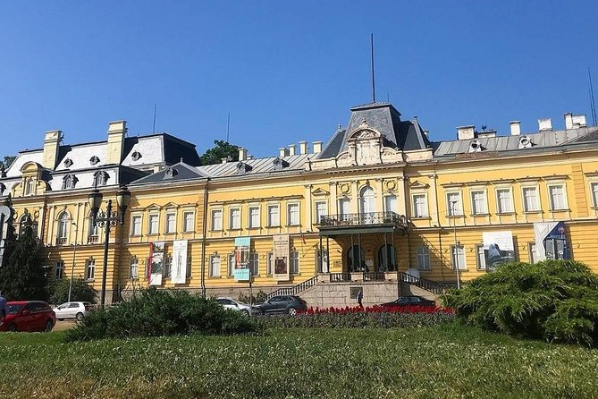 Private Transfer from Bucharest to Sofia (BG) with Van, Price/Car 1-8 Seat