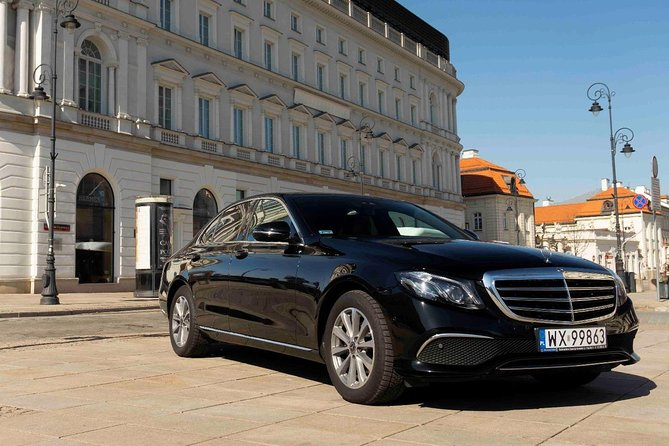 Luxury transport from Warsaw to Cracow by private car