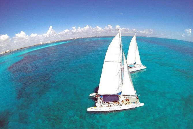 Cancun to Isla Mujeres Catamaran Full-Day Tour with Lunch
