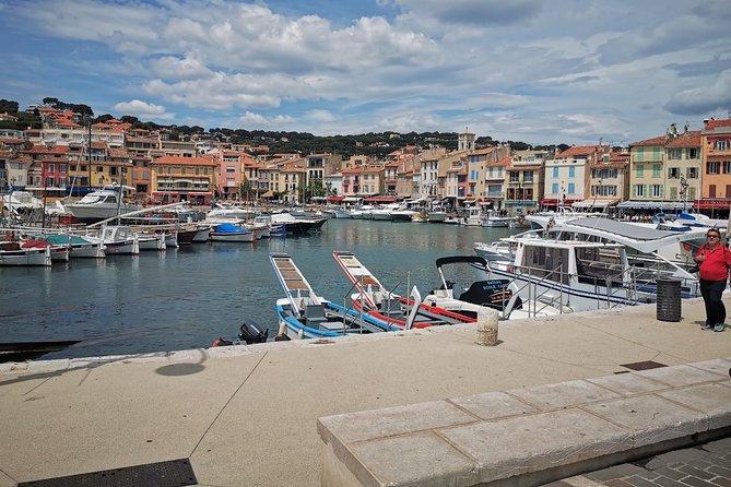 Toulon Shore Excursion: Private Day Trip to Le Castellet, Cassis and Marseille