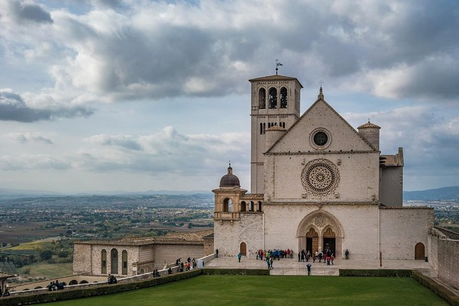 Full-Day Assisi and Orvieto Private Tour from Florence