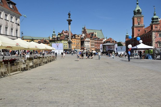 Budget City Tour: Warsaw Old Town with tour guide | 2h | 12 €