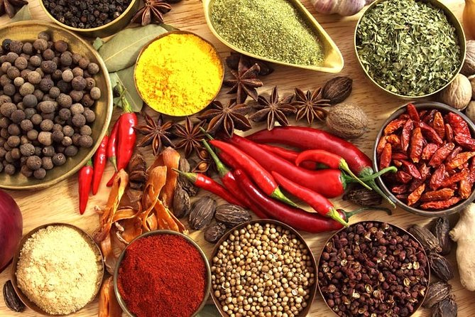 Private Spice Market Tour in Old Delhi