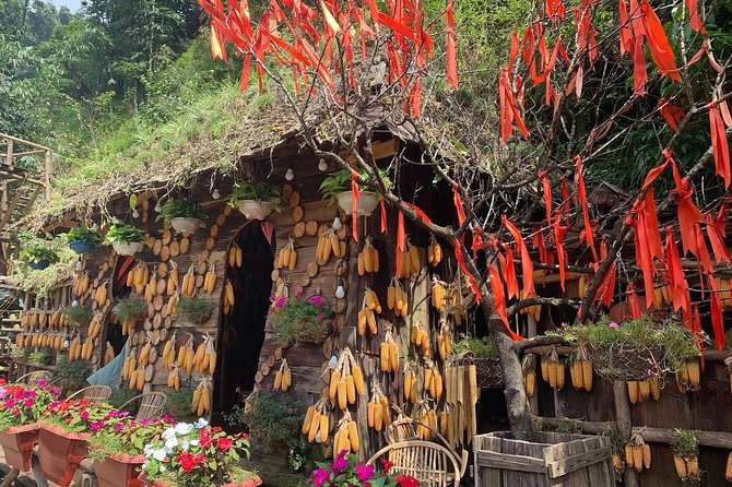 Most of attractive tourist sites in Sapa: Cat Cat, Y linh Ho, Lao Chai, Ta Van