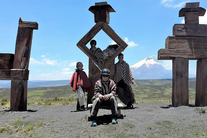 Private 2-Day Condor Path Tour with Cotopaxi Park and Cooking