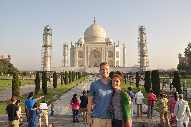 Agra Taj Mahal Private Tour with Lunch and Pick Up