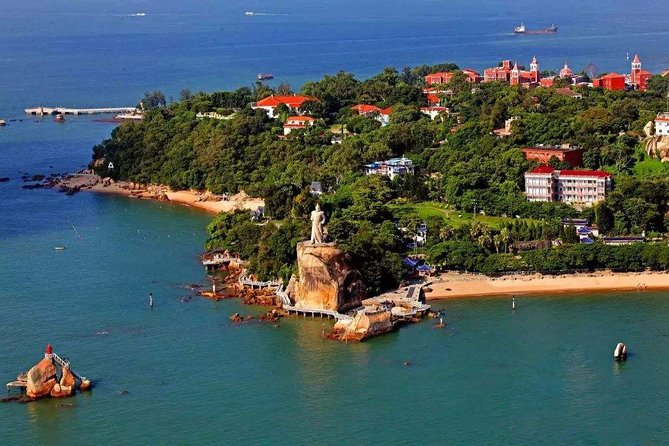 1-Day Xiamen City Highlights and Gulangyu Island Private Tour