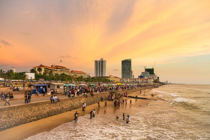 Colombo City Tour with Chauffeur Guide
