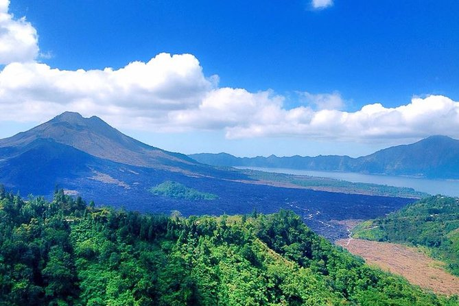 Full-Day Bali Car Charter to Exploring Tour in Ubud and Kintamani Volcano