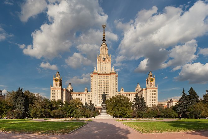 Private 8-hour City tour of Moscow with Hotel Pick Up