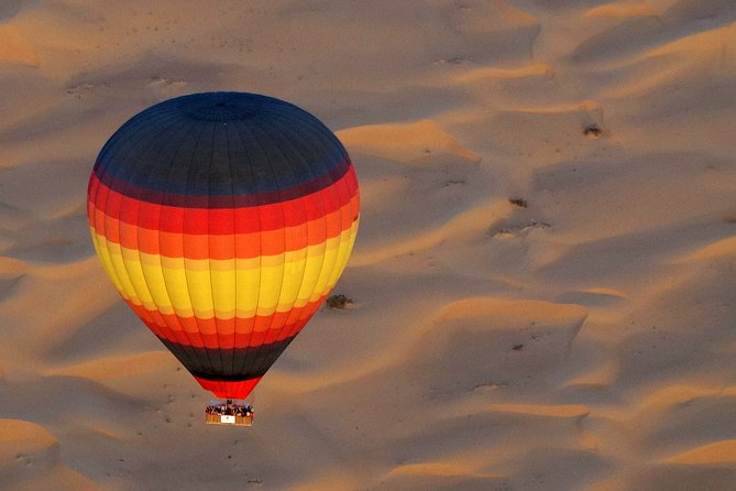Hot Air Balloon Ride With Gourmet Breakfast and Falcon Show