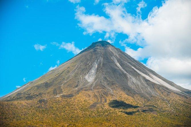 Arenal Highlights COMBO: Hanging Bridges + Volcano Hike + La Fortuna Waterfall