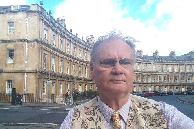 Exceptional Bath tour guide making your visit splendidly memorable.