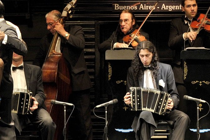 Tango Show and Lesson in Buenos Aires and City Tour