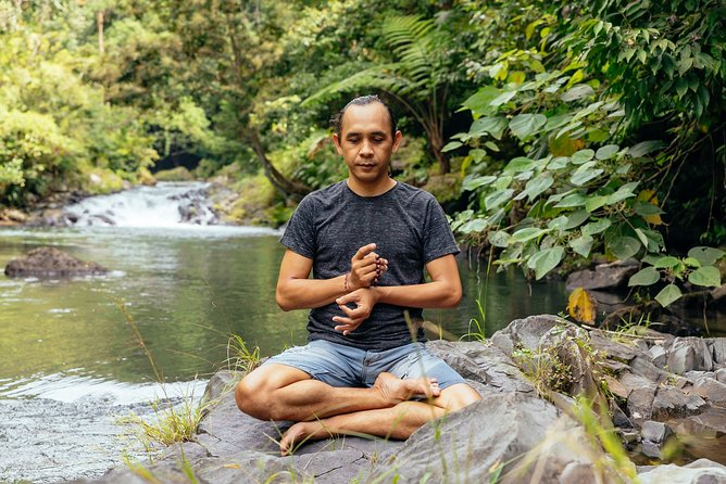 Yoga and Mindful Conversation with a Brussels Local Online Experience