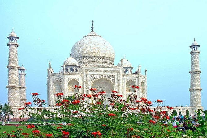 Private Same Day Trip of Agra Mathura Vrindavan With Taj Mahal From Delhi