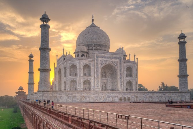 Sunrise Taj Mahal Tour By Car