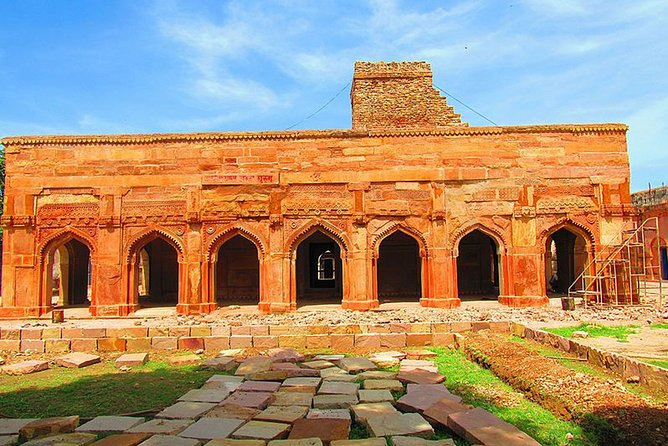 A day excursion to Historic fort of Chunar