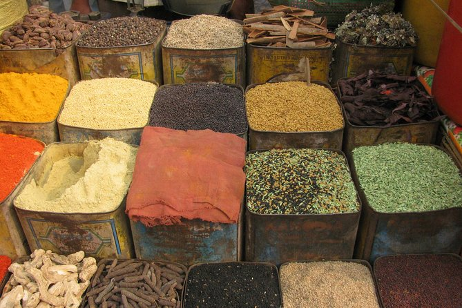 Mughal Bazaars Walk Tour