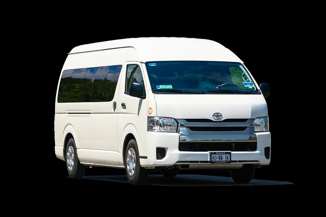 Shared Arrival Transfer: Rio Hato International Airport to Colon Hotels