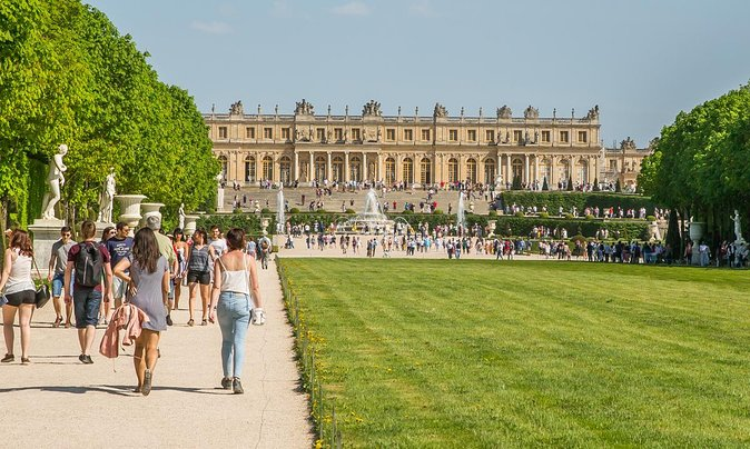 VersaillesVR: Versailles Palace Virtual Reality Tour