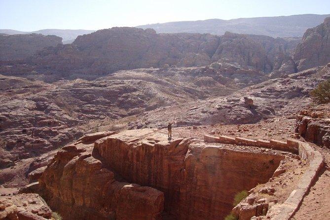 Jordan Horizons Tours : Petra Guided Trails ( Jabel Umm Al Biyara Trail )