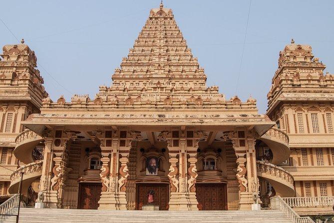 Divine Temples Tour in Delhi