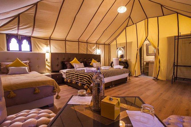 Erg Chebbi: Overnight in Luxury Desert Camp with Camel Ride, meals &sandboarding
