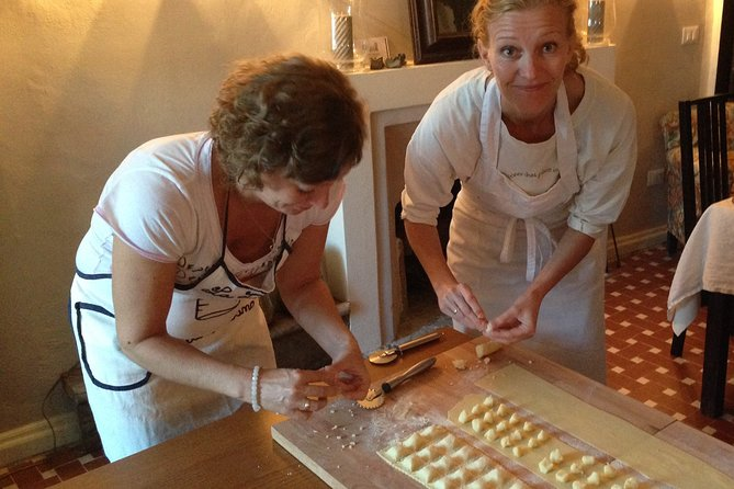 Private Italian Cooking Class and Cheese Tasting in Tuscany