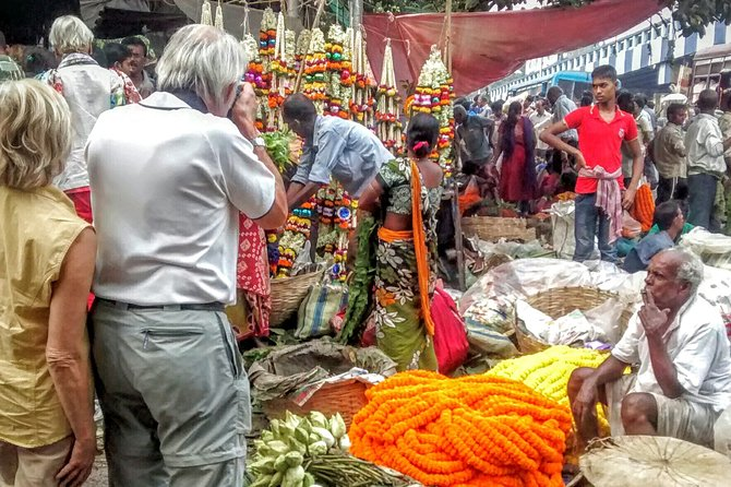 Hello Kolkata - A Half Day Guided City Tour