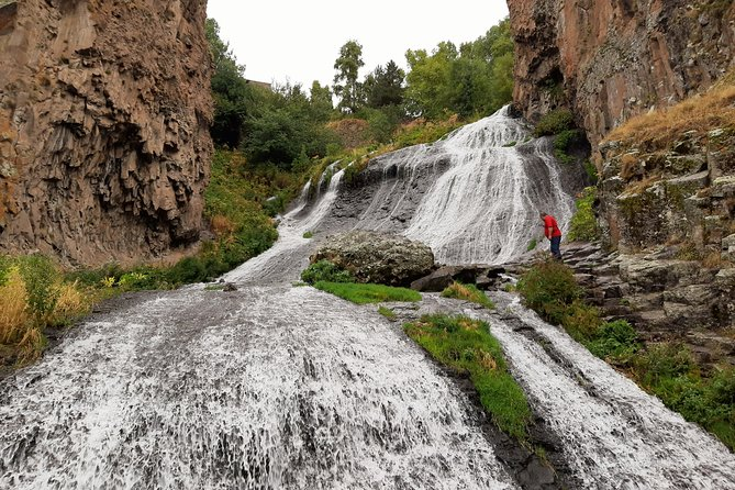 Private Tour: Areni Winery-Jermuk Waterfall-Shaki Waterfall