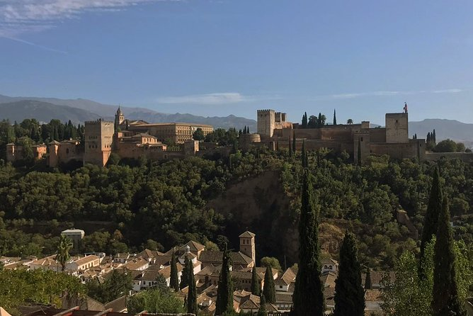 Semi Private Tour to the Alhambra from Nerja
