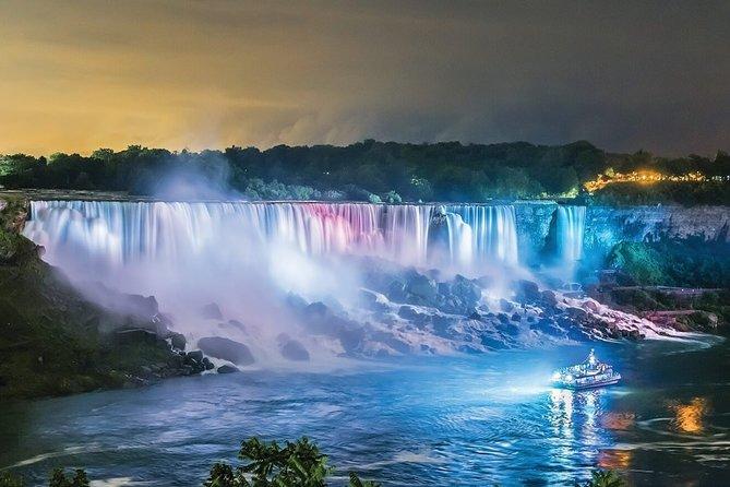 3 Hour Evening Tour of Niagara Falls