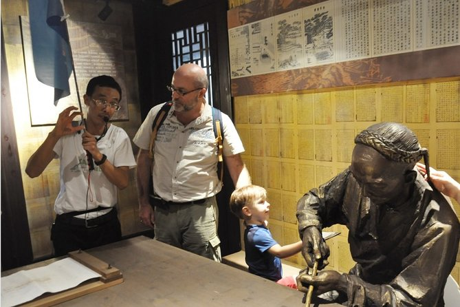 Suzhou Private Day Tour featuring Peony Flowers and Private Library in Changshu