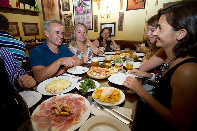 Valencian and Spanish tapas in Valencia, history and architecture