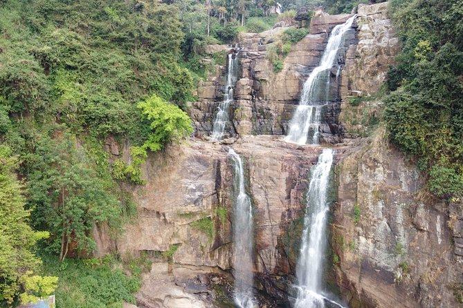 The second biggest waterfall in Sri Lanka - Diyaluma waterfall