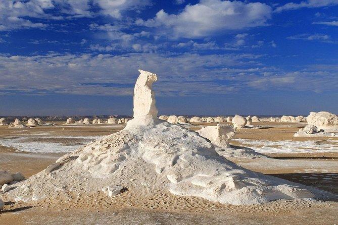 2 Days White Desert and Bahariya Oasis Tour