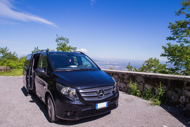 Private Transfer in Minivan from Amalfi Coast to Naples