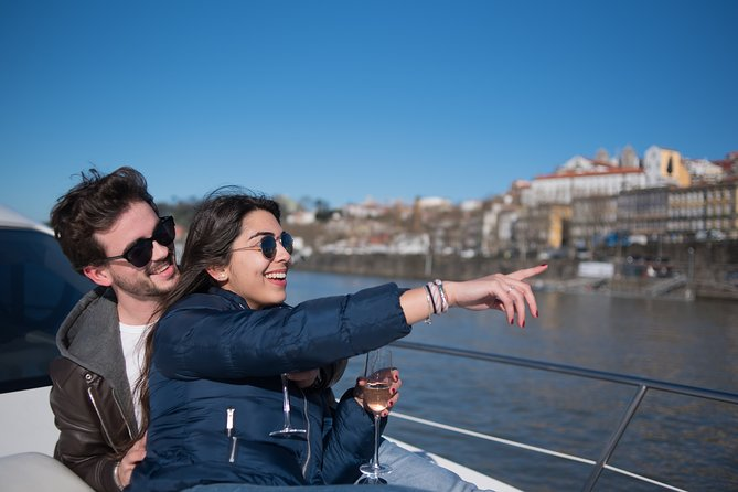 Yacht cruise on the Douro River