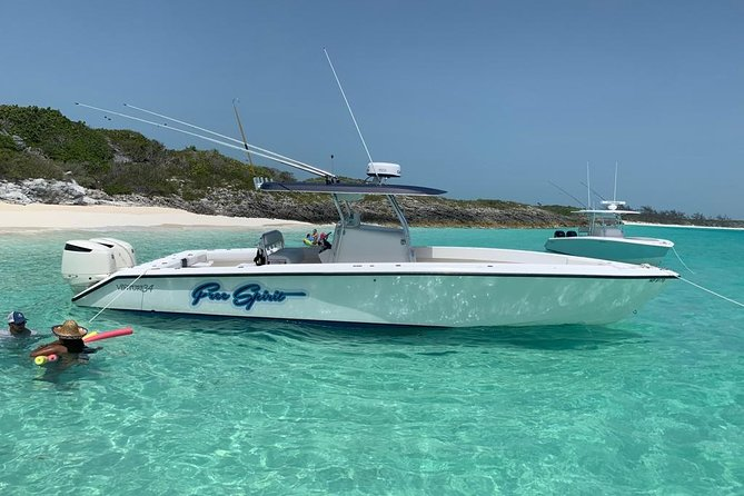 Private Half-Day Fishing Charter in Nassau 34ft