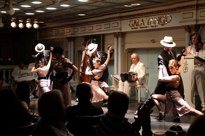 Gala Tango Show in Buenos Aires (with optional dinner)